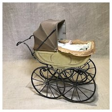 "Vintage Miniature Doll Carriage in 1"" to 6"" Scale"