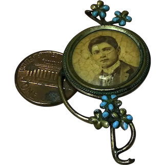 C.1900 Photo Pin in Forget Me Not Frame-Great for Doll House