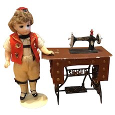 Vintage Doll House Scale Tin Singer Sewing Machine