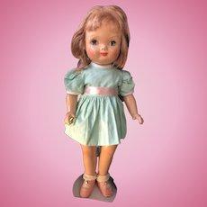 Composition Eugenia doll Adorable Face!