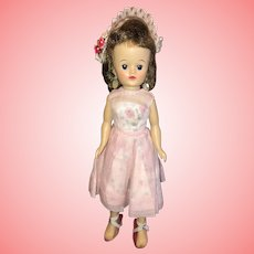 Gorgeous Vogue Jill Doll All Original 1950's