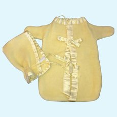Yellow Dydee Baby bunting and bonnet Vintage