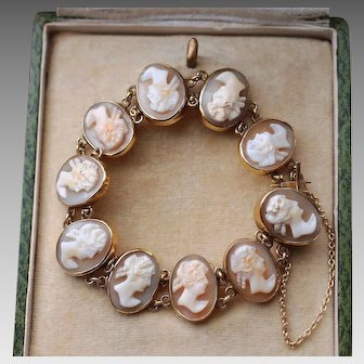 Lovely Antique Late Victorian Gold Filled Natural Carved Shell Cameo Bracelet