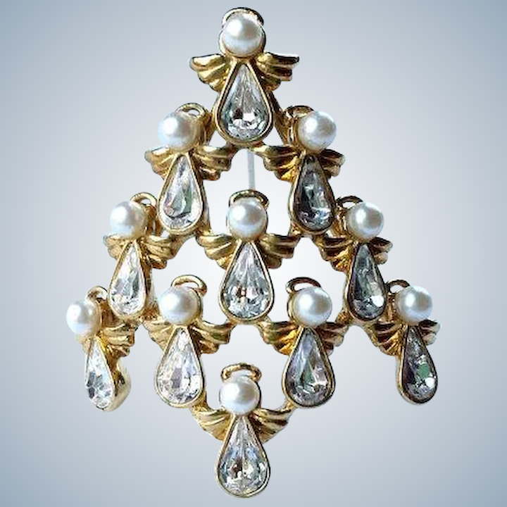 Angel Shaped Christmas Tree.Signed Nina Ricci Angel Christmas Tree Brooch Pin Tiered Pearls Pear Crystal 22 K Gold Overlay Collectors Book Piece