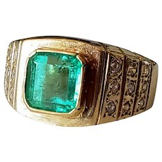 Vintage 18K Gold 2ct Emerald & Diamond Ring 8
