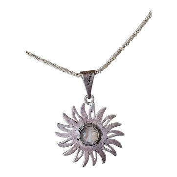 Sterling Silver Vintage Sun Moonstone Pendant Necklace