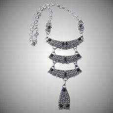 Spectacular Signed Hollycraft Vintage Necklace