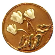 Lovely Vinage Metal Flower Button