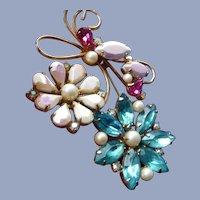 Vintage 1960's Signed Hobe Flower Pin