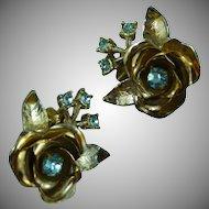 Lovely Coro Flower Earrings
