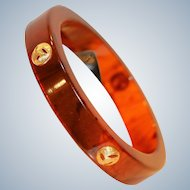 Root Beer Lucite Bangle w Gold Tone Medallions