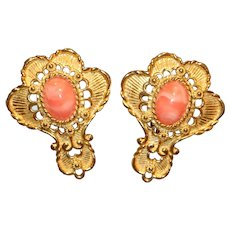 Barrera Avon Imitation Coral Clip Earrings
