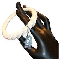 Trifari Lucite Oval Bangle Bracelet w tag