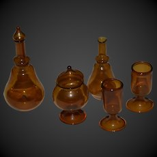 Beautiful hand blown glass  set for doll 's house