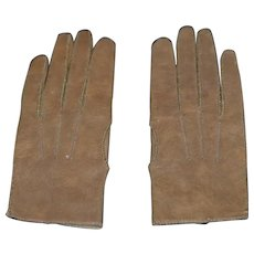 Lovely pair of cinnamon  leather gloves