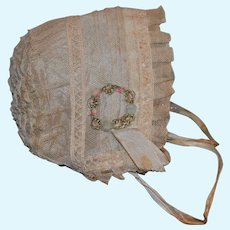 Charming old French hand made  cream ruched  lace bonnet