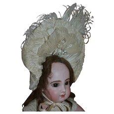 Wonderful French bébé Hat