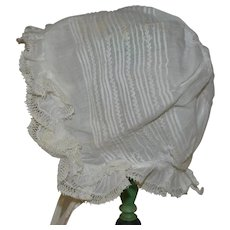 Lovely bonnet 1900