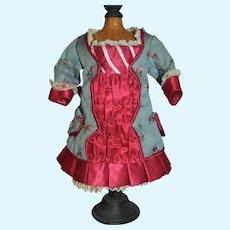 Gorgeous cabinet size dress for French bébé