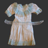 Outstanding antique French muslin chemise for bebe Jumeau in rare size