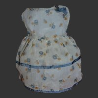 Charming dress for a bleuette sister