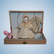 """Exceptional 7 1/2"""" All Bisque Mignonette in all Original Condition with her presentation box"""