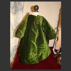 Green antic velvet coat for french bébé
