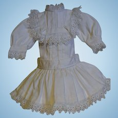 Beautiful white dress for your Jumeau circa 1890/1900
