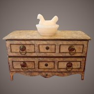 Old chest of drawerfor fashion doll circa 1880/1900