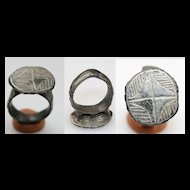 Large Byzantine silver ring, 6th.-9th. century
