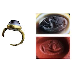 Roman Intaglio Gold seal Ring with dolphin rider, 1st.-3rd. cent. AD