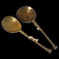 Pair of English Seal top bronze or Latten spoons, early 17th. century!