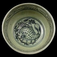 Superb Northern Thai pottery bowl with fish decor, 14th.-16th. cent
