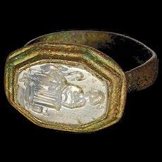 High Quality Roman bronze seal ring w. Rock crystal intaglio!