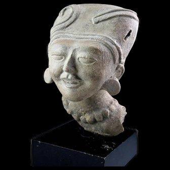 High Quality Pre-Columbian Very Cruz 'Smiling' pottery head!