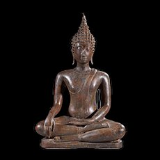 High quality Antique thai bronze figure of the seated buddha!