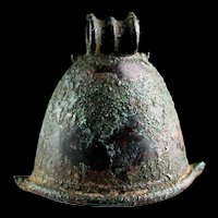 Impressive Indonesian Majapahit bronze Temple Bell, 12th.-14th. cent