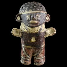 Very attractive Pre-Columbian Chancay 'Star Gazer' pottery figure with earplugs!