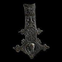 Renaissance / Gothic period bronze book clap w portrait, 14th. cent.