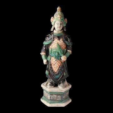 High quality Ming Dynasty pottery figure of a warrior - c. 39 cm!