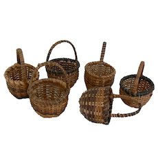 SIX small round baskets for doll or peddler doll to use.