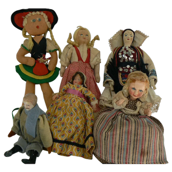 Vintage Old group of Ethnic dolls parts or keepers.