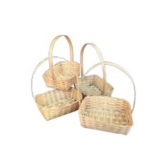 4 vintage Wicker Baskets for a doll to hold or use in a doll room.