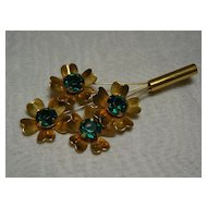 Vintage Green glass stone Gold Tone flower pin or Brooch.