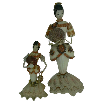 Pair of Vintage Sea Shell Dolls nice detail and old.