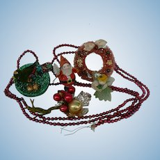 Vintage Christmas Trims to use with your dolls or Feather Tree.