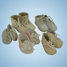 5 pairs of vintage doll/baby shoes boots Old vintage