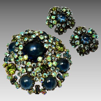 Vintage unsigned Schreiner layered AB olive green and dark blue rhinestone brooch and earrings set