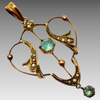 Antique Edwardian 9ct gold hallmarked seed pearl emerald pendant