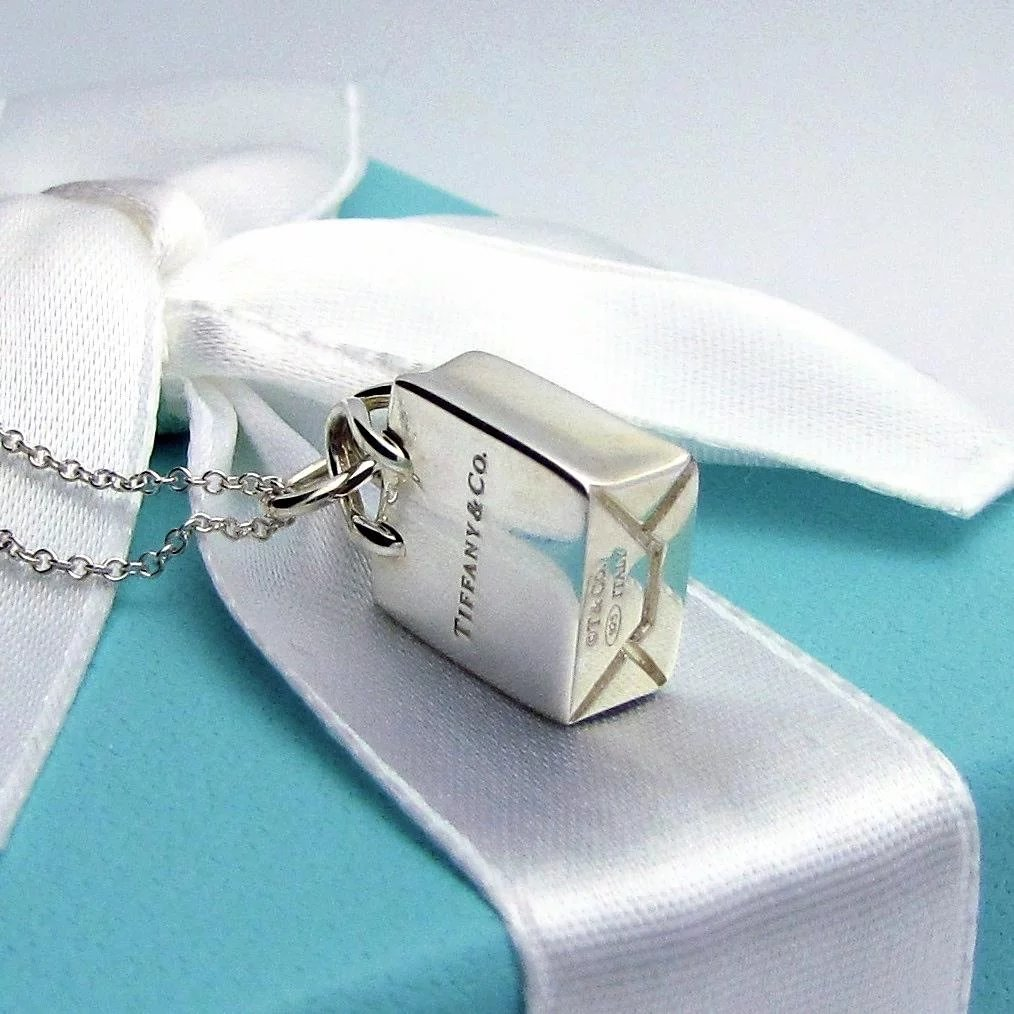 Classic TIFFANY & CO. 925 Sterling Silver Shopping Bag Pendant SOLD ...